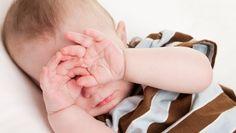 La vue de bébé : À la maternité, votre bébé est examiné sous tous les angles et passent de nombreux tests pour détecter, au plus tôt...