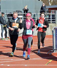 Tredje og sidste DuPont løb afholdes på Ceres Park, søndag 20 marts 2016, hvor ruten sluttes af med et seværdigt opløb på atletikbanen på Aarhus Stadion. Ruterne er rundt i det flotte område omkring Marselisborgskovene og langs den smukke kyststrækning. Løbet afsluttes med en lækker tomatsuppe i målområdet. Maria havde tilmeldt og betalt for alle 3 løb, hun mødte selvfølgelig op i god til. Se billederne fra løbet.