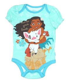 Your youngster enjoys supersoft comfort in this flexible bodysuit featuring their favorite adventurer Moana.