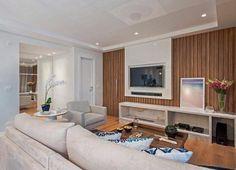 Painel para TV: 90 modelos e cores para você tirar ideias de decoração Tv Wall Furniture, Tv Panel, Home Theater, Decoration, Home Interior Design, Home Office, House Design, Living Room, House Styles