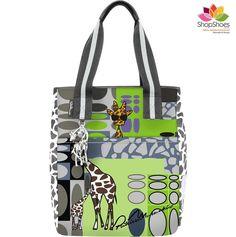 Bolsa de mão e ombro by Patrícia Maranhão no site www.ShopShoes.com.br