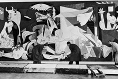 Guernica © Succession Picasso 2012 © Erich Lessing x cm Collection Museo Nacional Centro de Arte Reina Sofia, Madrid Picasso Guernica, Kunst Picasso, Art Picasso, Picasso Paintings, Pablo Picasso Facts, Oil Painting Abstract, Painting & Drawing, Francis Picabia, Collages