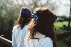 blue ribbon hair
