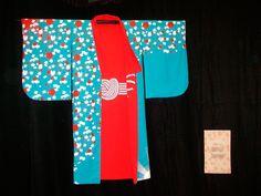 Exposition Haïku - Kimono de Muriel Sevestre Haiku, Apron, Pajama Pants, Pajamas, Photos, Fashion, Pjs, Moda, Fashion Styles