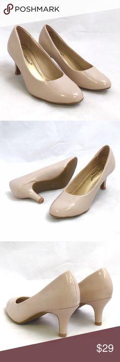 Pierre Dumas Nude Heels Beautiful and simple heel by Pierre Dumas. 2.5' heel medium width and true to size. Pierre Dumas Shoes Heels