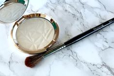 BECCA Vanilla Quartz Shimmering Skin Perfector Pressed Highlighter!