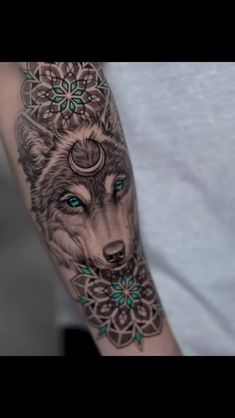 Perfect wolf tattoo workout Suitable for men and women tattoos Awesome ! Tattoo Designs, Wolf Tattoo Design, Mandala Tattoo Design, Wolf Design, Cute Tattoos, Body Art Tattoos, Hand Tattoos, Sleeve Tattoos, Circle Tattoos