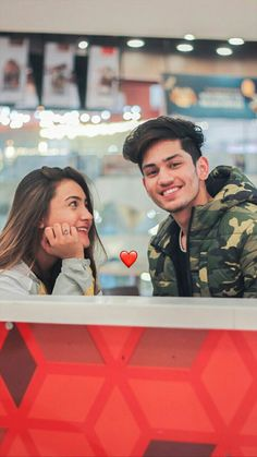 💕Follow me Nimisha Neha💕 Romantic Pictures Of Couples, Best Couple Pictures, Photo Poses For Couples, Couple Photoshoot Poses, Girl Senior Pictures, Girl Photo Poses, Couple Posing, Cute Couples, Photo Shoot