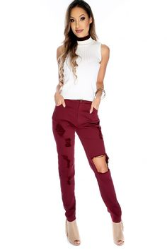 These stylish jeans are the perfect finishing touch to a Sexy outfit! Featuring; denim, distressed cutout, high waist, pockets, belt loops and followed by a fitted wear. 95% Polyester 5% Spandex