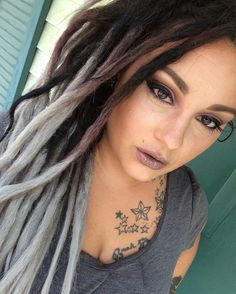 #ombre #hair #dreadlocks Blonde Dreadlocks, Faux Dreads, Synthetic Dreadlocks, Dreads Girl, Wool Dreads, Dreadlock Hairstyles, Messy Hairstyles, Wedding Hairstyles, Dreads Styles