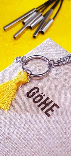 387490014d9d Pulsera con Pompón   Pompón amarillo   Pulsera de Mujer   Acero