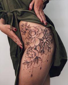 Sleeve tattoo girls - Girls with sleeve tattoos - Hip Thigh Tattoos, Side Hip Tattoos, Floral Thigh Tattoos, Hip Tattoos Women, Girls With Sleeve Tattoos, Tattoo Girls, Tattoos For Guys, Sleeve Tattoo Women, Side Leg Tattoo