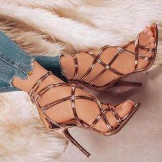 Women's Thin Strap Gladiator Pumps. #shoes #shoelover #shoesaddict #womensshoes #gladiator #gladiatorsandals #sandals #stiletto #strappyshoes