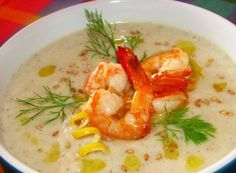 Cheese soup with white wine and nutmeg