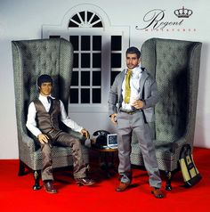 Chan Sama/Park repaint of Jake Gyllenhaal with Hot Toys Bruce Lee featuring Portland Conversation Chairs by www.regentminiatu...
