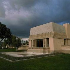 Hollyhock House, Los Angeles, CA