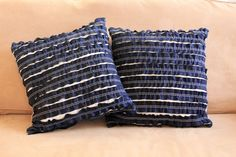Google Image Result for http://1.bp.blogspot.com/-TS6aHLzsxRk/TpvIN0Dek1I/AAAAAAAAA-c/E3OFfK0lGMc/s1600/DenimRuffleThrowPillows.jpg