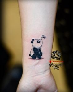 Palm Tattoos, Bff Tattoos, Cartoon Tattoos, Body Art Tattoos, Tatoos, Cute Little Tattoos, Cute Tattoos For Women, Chest Tattoos For Women, Minnie Tattoo