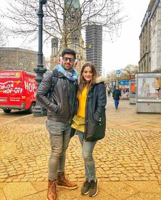 Pakistan ( hellopakistan ) - Honeymooners on the Kurfürstendamm, one of the most famous avenues in Berlin -- actually it's where all the shopping is❗💯😋 Best Couple Pictures, Girly Pictures, Couple Pics, Hello Magazine, Saree Photoshoot, Beautiful Couple, Beautiful Ladies, Pant Shirt, Tv Actors
