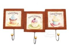 Wooden hanger with cupcakes