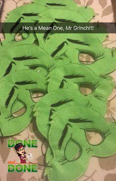 Grinch anyone? Custom handmade masks www.etsy.com/shop/tamstinyblessings Grinch Halloween, Grinch Costumes, Grinch Christmas Party, Grinch Who Stole Christmas, Grinch Party, Xmas Party, Grinch Mask, Le Grinch, Grinch Stuff