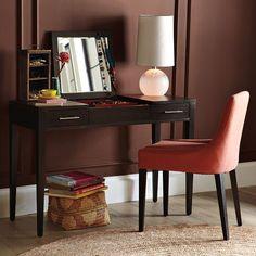 Narrow leg vanity\desk