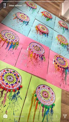 Traumfänger - Knutselen ideeën Traumfänger Traumfänger The post Traumfänger appeared first on Knutselen ideeën. Arte Elemental, Classe D'art, Kids Crafts, Arts And Crafts, 3rd Grade Art, School Art Projects, Art Lessons Elementary, Native American Art, American Indians