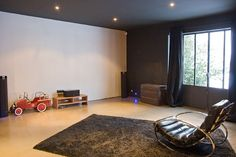 Heimkino-Raum - Home cinemas - Home Cinema Room, Home Theater, 3d Design, Black Feature Wall, Feature Walls, In Wall Speakers, Black Rooms, Dark Walls, Acoustic Panels