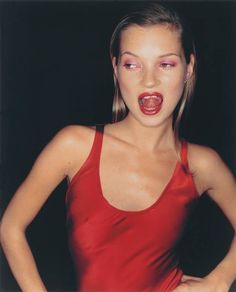 Kate Moss, Paris, 1994 by Jurgen Teller chromogenic print image 14 ¼ x 11 ¼ - The Independent