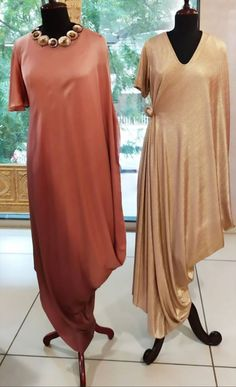 Lovely Dresses, Stylish Dresses, Fashion Dresses, Indian Designer Outfits, Designer Gowns, Western Kurtis, Simple Gowns, Anarkali Gown, Long Tunic Tops