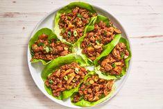 Asian Lettuce Wraps macht das Essen gesund EasyDelish - Good Enough to Eat - Gesunde Essen Asian Chicken Lettuce Wraps, Asian Chicken Recipes, Asian Recipes, Good Enough, Lunch Recipes, Dinner Recipes, Healthy Recipes, Keto Recipes, Dinner Ideas