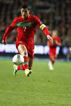 Cristiano Ronaldo on way to kick the winning goal. Great legand and motive factor for #soccer players.