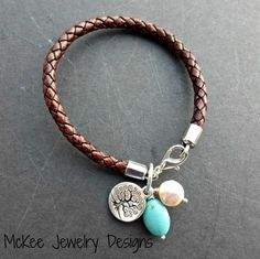 Brown braided leather bracelet, pearl, stone and silver. Leather jewelry. Get superb leather watch designs at 90% off wholesale price on our website.