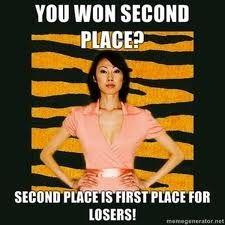 Super Strict Success Asian Mom and Dad Meme Lols Dad Meme, Funny Mom Memes, Mom Humor, Funniest Memes, Hilarious, Funny Stuff, Funny Pics, Funny Things, Random Stuff