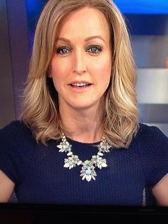 GMA's Lara Spencer wearing Stella & Dot's Trellis necklace.