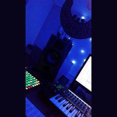 3am studio Night45uk Records --Lock the DnB on Beatport --Killer Night45uk Flavour 1000DaysWasted -- https://pro.beatport.com/artist/1000dayswasted/411731