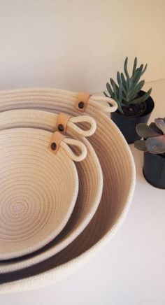 Beautiful Natural Cotton Rope Basket // Handmade in Paris // Basket with Leather Detail // Storage Basket // Three Sizes // Gift Idea Handmade Home Decor learn how to diy cute trivets Rope Crafts, Diy Home Crafts, Rope Basket, Basket Weaving, Rope Decor, Fabric Bowls, Handmade Home Decor, Handmade Ideas, Handmade Gifts