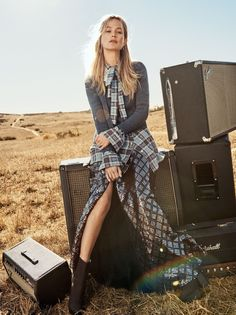 Vogue US March 2016 Model: Carolyn Murphy, Grace Hartzel, Gary Clark Jr., Rianne van Rompaey Photographer: Craig McDean Fashion Editor: Grace Coddington