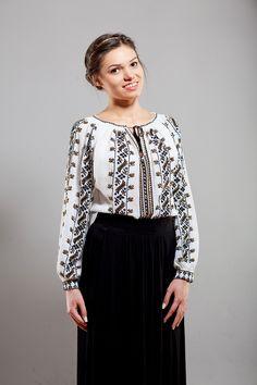Ie Romaneasca Anica - Chic Roumaine Ethnic Fashion, Womens Fashion, Fashion Trends, Folk Costume, Work Wardrobe, Boho Dress, Sequin Skirt, Fashion Dresses, Chic