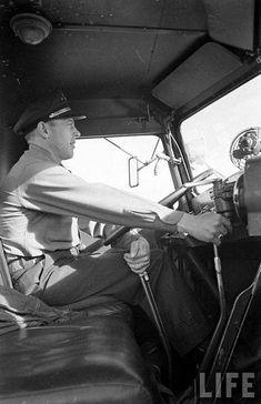 Behind the wheel late truck driver. Real trucks have twin sticks! Mack Trucks, Peterbilt Trucks, Big Rig Trucks, Semi Trucks, Cool Trucks, Antique Trucks, Vintage Trucks, Custom Big Rigs, Custom Trucks