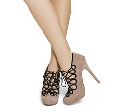 Blush Suede Lace Up Pumps. With the right outfit. Shoe Boots, Shoes Heels, Pumps, High Heels, Dream Shoes, Crazy Shoes, Cute Shoes, Me Too Shoes, Mode Vintage
