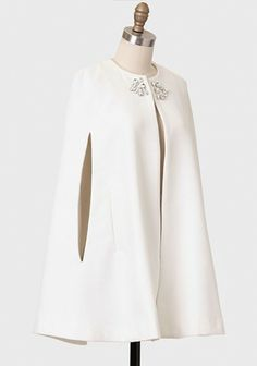 Winter Gala Embellished Cape By Line & Dot Chic Outfits, Pretty Outfits, Fall Outfits, Winter Coats Women, Coats For Women, Clothes For Women, Pakistani Dress Design, Pakistani Dresses, Fashion Pants