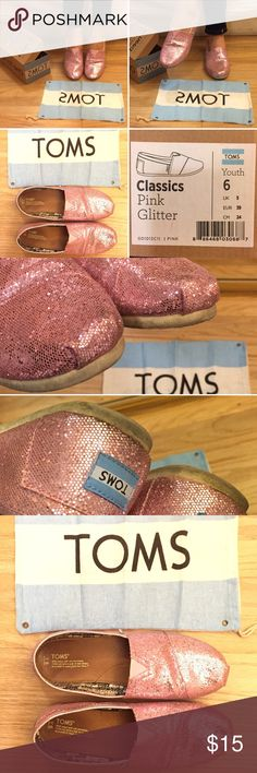 EUC! TOMS pink glitter Y6 women's 8.5M/8.5N These shoes brought me VERY good luck for the California bar exam so I'm happy to pass these babies along to the next lucky person! I have medium to narrow size 8.5US and these youth size-6 fit me great. Slim and not sloppy at all. EUC never worn barefoot. You can still see the ink on the insole. The toes and heels are still covered in glitter and not yet worn down albeit in need of a light brush w/water and dishsoap. Comes with unused original…