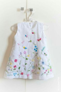 Embroidery Baby Clothes Little Girls 19 Ideas painting Little Dresses, Little Girl Dresses, Little Girls, Girls Dresses, Toddler Dress, Baby Dress, Girl Dress Patterns, Kids Frocks, Embroidered Clothes