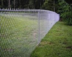 All Time Best Diy Ideas: Split Rail Dog Fence fence panels trees.Country Fence Dream Homes farm fence landscaping. Painted Chain Link Fence, Chain Fence, Wire Fence, Chain Link Fence Cover, Chain Link Fence Privacy, Fence Art, Dog Fence, Front Yard Fence, Fenced In Yard