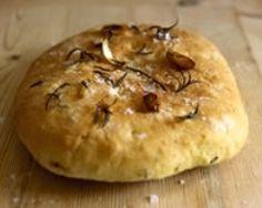 pain a l'oignon et au romarin