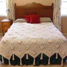 a favorite bedspread pattern by Maggie Wheldon