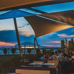 Evening on the terrace of the Shore House restaurant #seabreezebaku #shorehouse #nardaran #beatgroup #baku #azerbaijan #summer2015 #food #cuisine #terrace #evening #caspiansea #seaside #restaurant