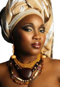 visage femme noire