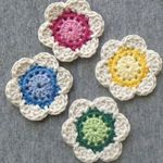 25+ Lovely Crochet Flowers: {Free Patterns & Instructions} : TipNut.com